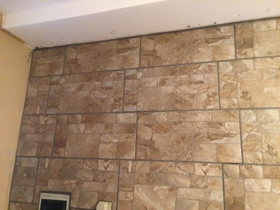 Rivestimenti pareti interne in piastrelle di gres porcellanato