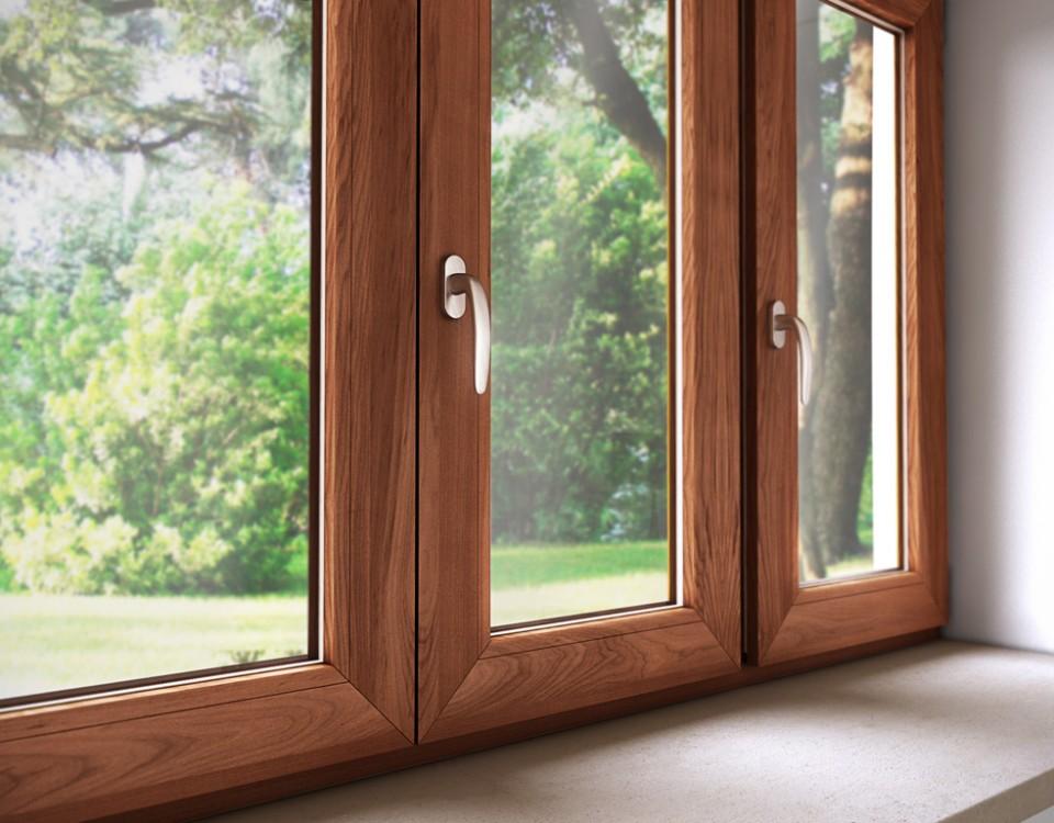 Serramenti in PVC effetto legno con vetrocamera a risparmio energetico